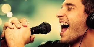 Menyanyi Ekspresikan Suasana Hati, Baik untuk Kesehatan Mental Lho
